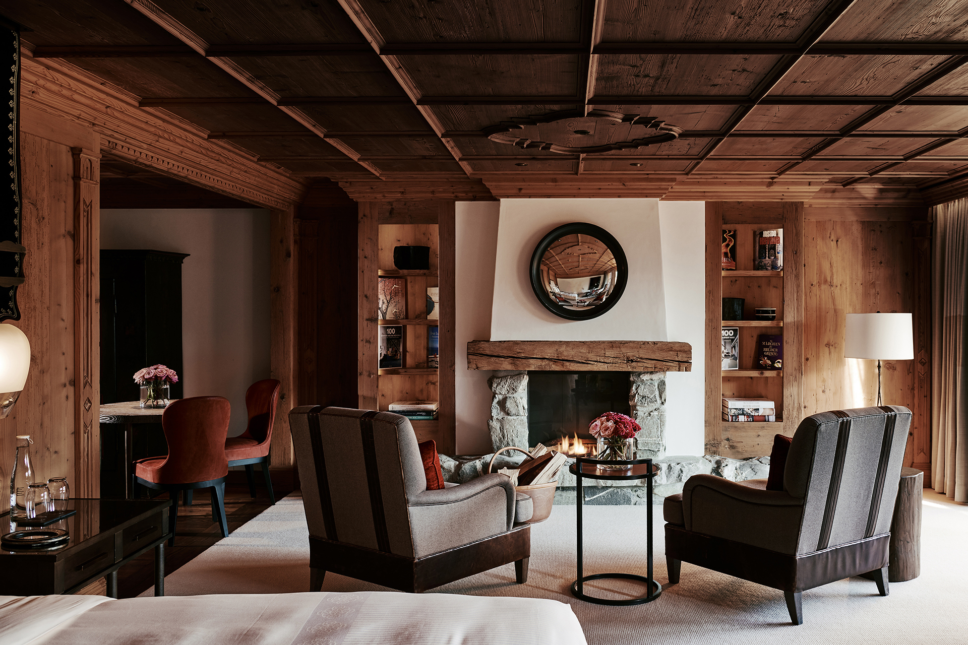 TheAlpinaGstaad_Rooms&Suites_0033_1920.jpg