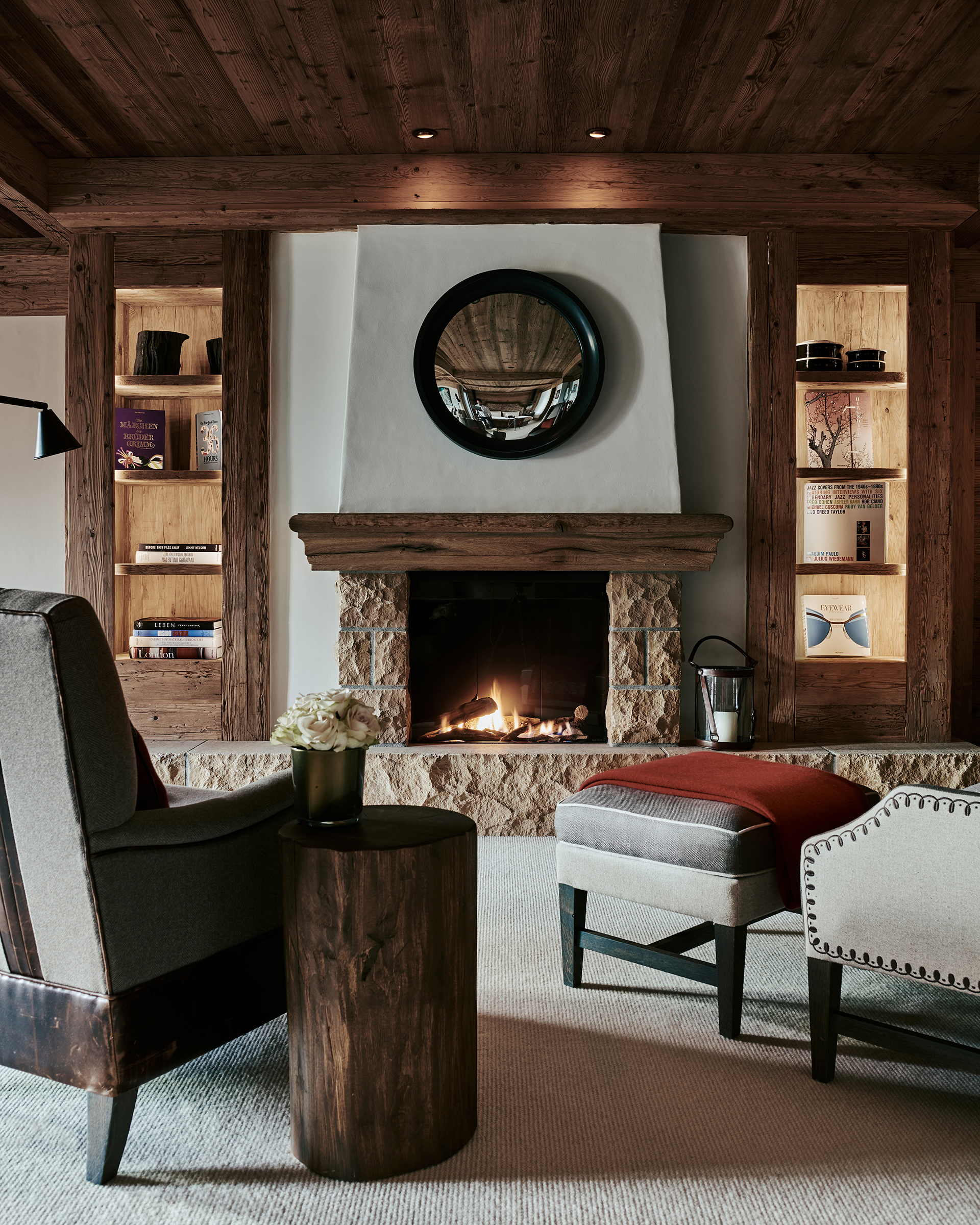 TheAlpinaGstaad_Rooms&Suites_0041_1920.jpg